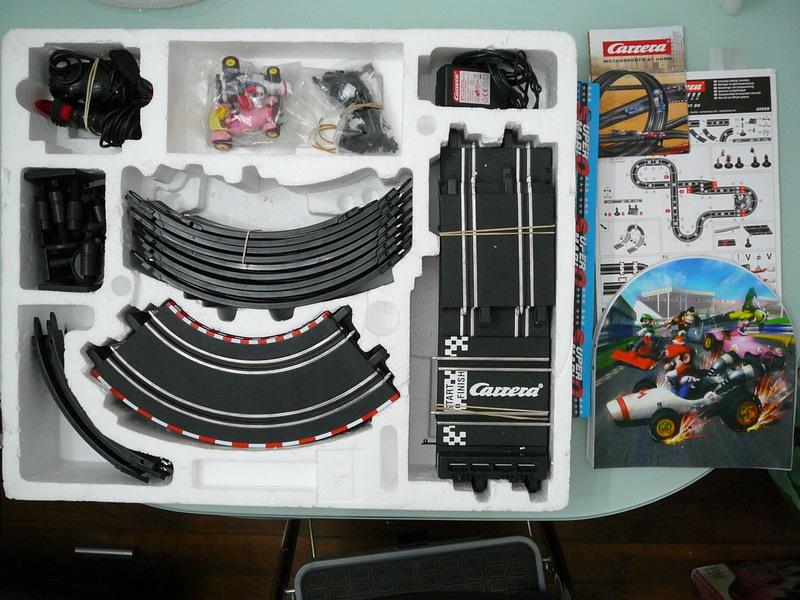 circuit lectrique carrera go mario kart ds nintendo museum. Black Bedroom Furniture Sets. Home Design Ideas