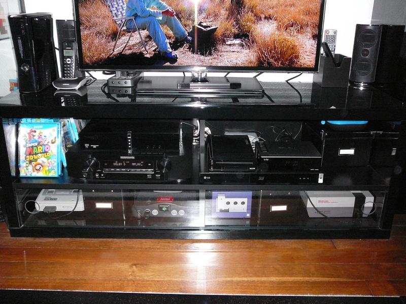 meuble tv console de jeux rb29 jornalagora. Black Bedroom Furniture Sets. Home Design Ideas
