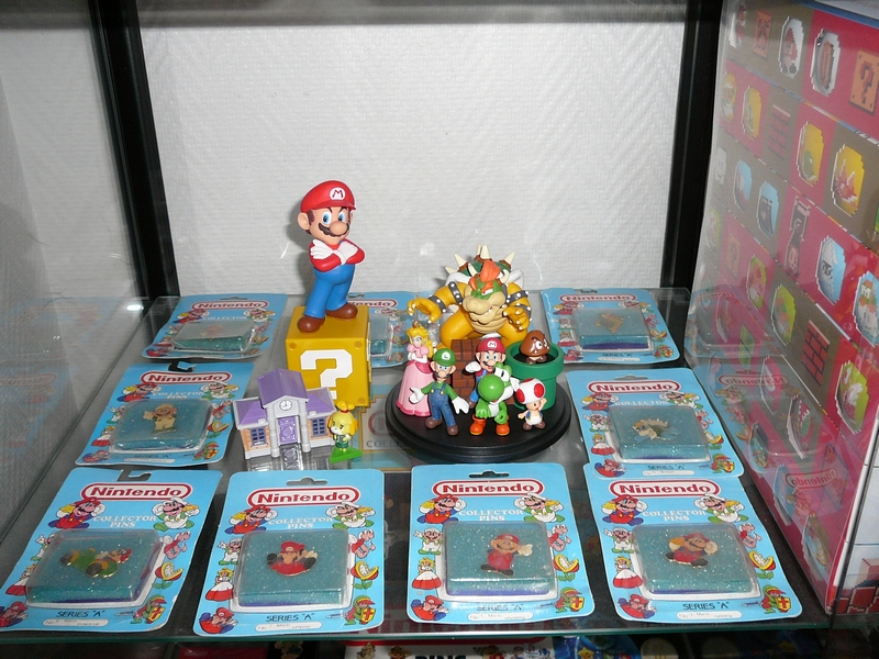 Étagère collection pin's et badges Nintendo