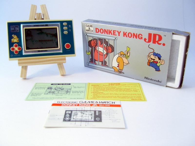 Game & Watch Donkey Kong Jr.