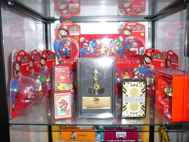 Étagère collection Super Mario (figurines - statuette)
