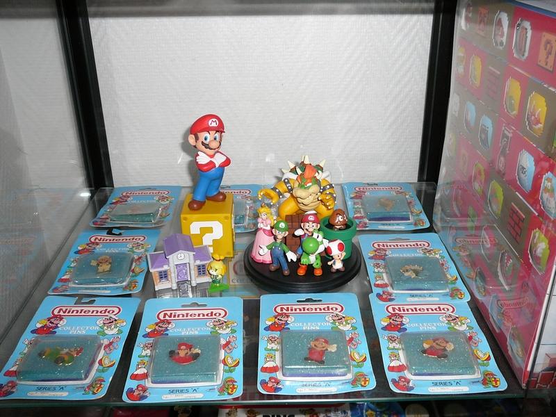Étagère collection pin's et badges Nintendo